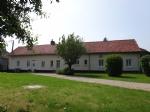 Renovated farmhouse 3 bedrms near Auxi