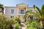 Near Les Issambres - beautifully finished and well maintained Villa 1,090,000 €