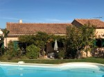 Peaceful location for this villa situated in small hamlet with gated entrance near Roussillon
