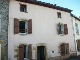 Village House for sale 2 bedrooms 457m2 land ,Walk to shop