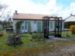 Bungalow for sale 3 bedrooms 1185m2 land ,South facing ,Very good condition