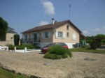 Stone House for sale 3 bedrooms ,3817m2 land ,Walk to shop ,Pool