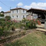 House for sale 4 bedrooms 685m2 land ,South facing