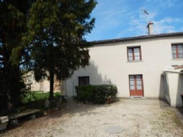 Village House for sale 3 bedrooms 1941m2 land ,South facing
