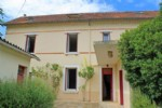 Town House for sale 5 bedrooms 1298m2 land ,Walk to shop ,South facing