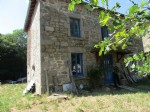 Superb stone house whose renovation is to be finalized near Bourganeuf