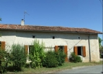 4 bedroom country house with indoor pool. South Charente