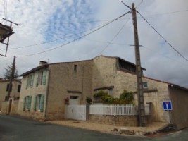 3 bed house with gite and garden, Charente Maritime