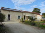 Pretty Charentaise with solar power, garden, big barn, nr swimming lake