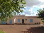 Charente maritime bungalow for sale. 3 bedroom ,large garden, Aulnay town.