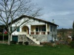 Detatched town house with 5+ acres. Dordogne