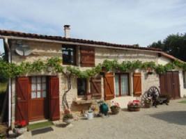 5 bedroom house, 1 bedroom gite, garden, Sauzé-Vaussais.