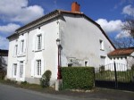Lovely village house with small garden. Near Chalais South Charente