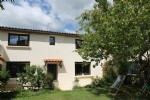 Comfortable 3-bedroom townhouse with garden and garage. Ariege