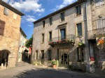 Stylish, historical 5 bedroom town house in stunning village near Limoux