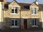 2 bedroomed fully renovated house with a small secluded garden