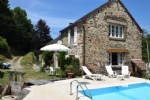 Beautiful setting for this old renovated mill and its 2 hectares of land