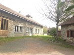 UNDER OFFER large open plan residence - 310m² total space!