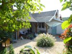 Immaculate detached village house, with 3 bedrooms and 2 bathrooms