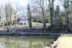 Well maintained house with lake of 5000m² with pvt
