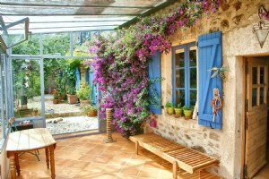 Stone property with stunning views over Najac