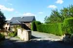 House With 2 Garages - Requista