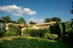45 mn Bordeaux, 20 mn St Emilion 18th century property