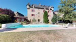 Superb renovated 17th century chateau with park and swimming pool