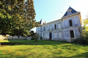 Renovation Project Between Bordeaux And Libourne