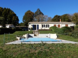 Renovated 2 bedr HOUSE with large garden and pool, stunning VIEWS
