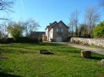Newly renovated character stone house - near to Parisot