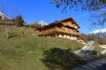 4 bed chalet close to skiing and Geneva