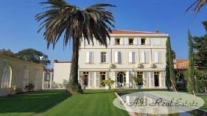 Magnificent property, large 18th century Maison de Maître, 715m² of extraordinary