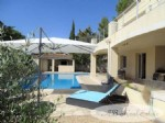 Lovely property with large volumes, 330m² living space, 5 bedrooms, independent 2 bedroom