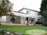 Spacious villa, 230m² of living space, 5 bedrooms, swimming pool, shelter for several
