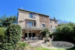 *** Good value for money *** Very pretty country house, 210m² of living space on 2 levels,