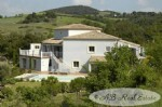Charming quality villa, 5 bedrooms of which 4 are en-suite, mezzanine/office, potential to