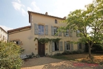 Chef Boutonne (79) - Stunning former magistrate's house offering spacious rooms