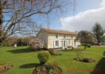 Chail (79) - Detached 4 bed/3 bath stone house in immaculate condition