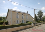 Vasles (79) - Imposing town house offering spacious and light filled 3bed/2bath accommodation