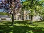 Near Martel (46) - Superb 3 bedroom ground floor apartment in a château, with its own terrace