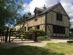 St Georges de Rouelley (50) - A beautifully renovated farmhouse with Colombage facade