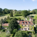 St Alvere (Nr Bergerac, 24) - Historic Manor House with a gite complex in the Perigord Noir