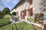 Mareuil (Dordogne) - Renovated farmhouse with pool and barn in beautiful location