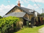 Lovely cottage with huge barn for sale in the Morvan