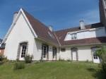 Near Boulogne-sur-Mer: villa with studio