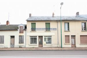 Arleuf - nice village house, partly renovated.