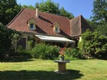 Périgourdine-style maison with pool and garage, just outside Beynac