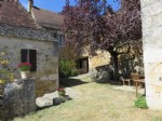 Old stone property with view of the river near Beynac in the Dordogne