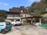 Property with 2 houses, garage, bread oven near to La Roque Gageac